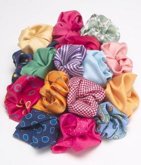 Pañuelos que tiene que llevar las mujeres para la fiesta del dia del amigo ♥